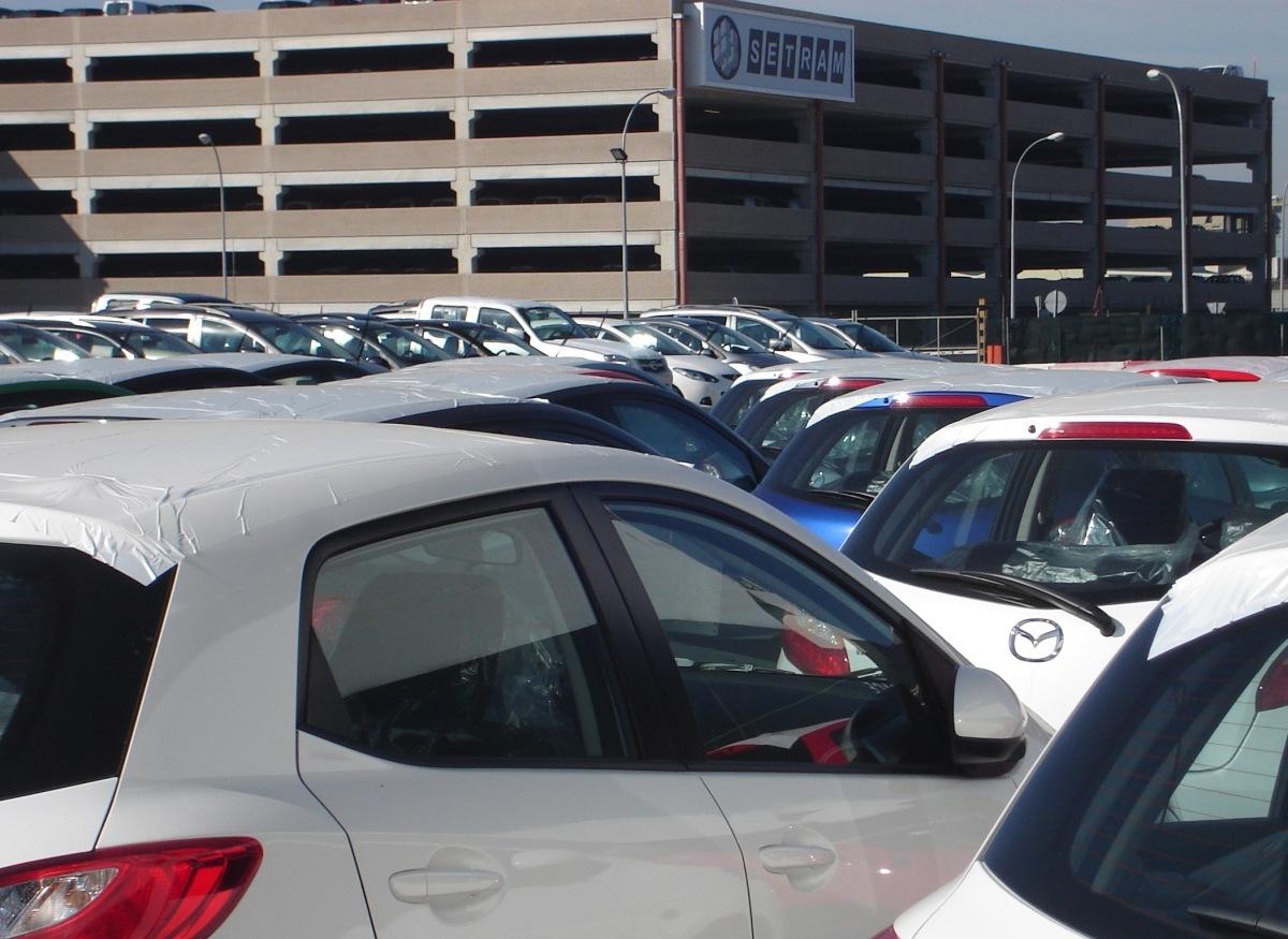 SETRAM aumenta su flota internacional con 40 unidades de transporte de Mercedes e Iveco