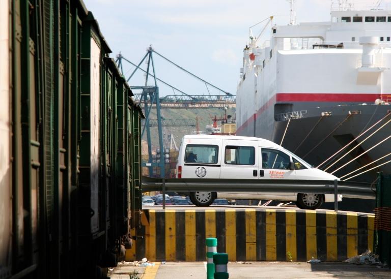 3.- Intermodalidad Tren-Barco Terminal SETRAM Puerto Barcelona