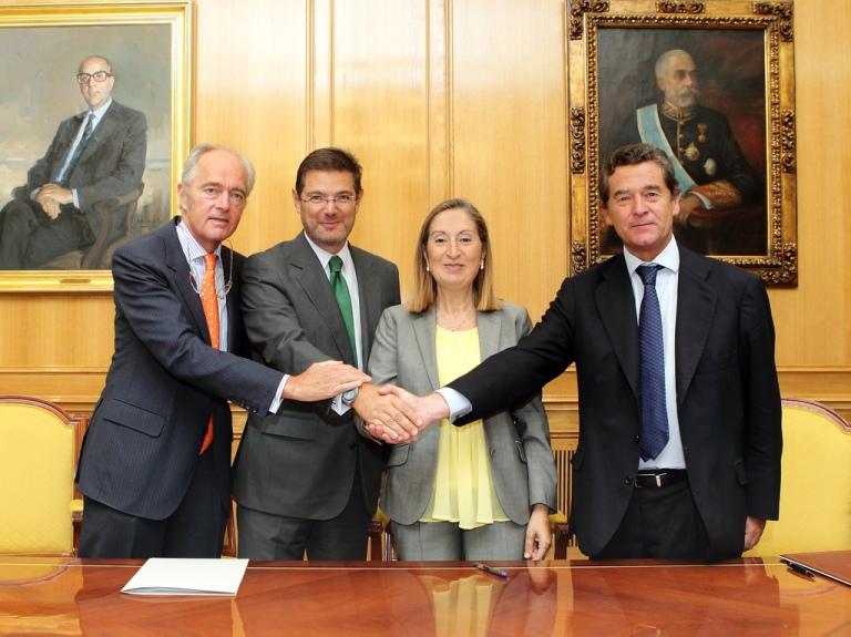Acuerdo ANFAC y ADIF tren 2013