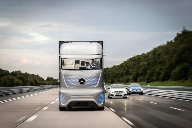 Future Truck 2025 Mercedes Benz