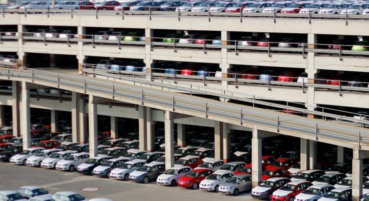 Terminal SETRAM vehículos Puerto de Barcelona