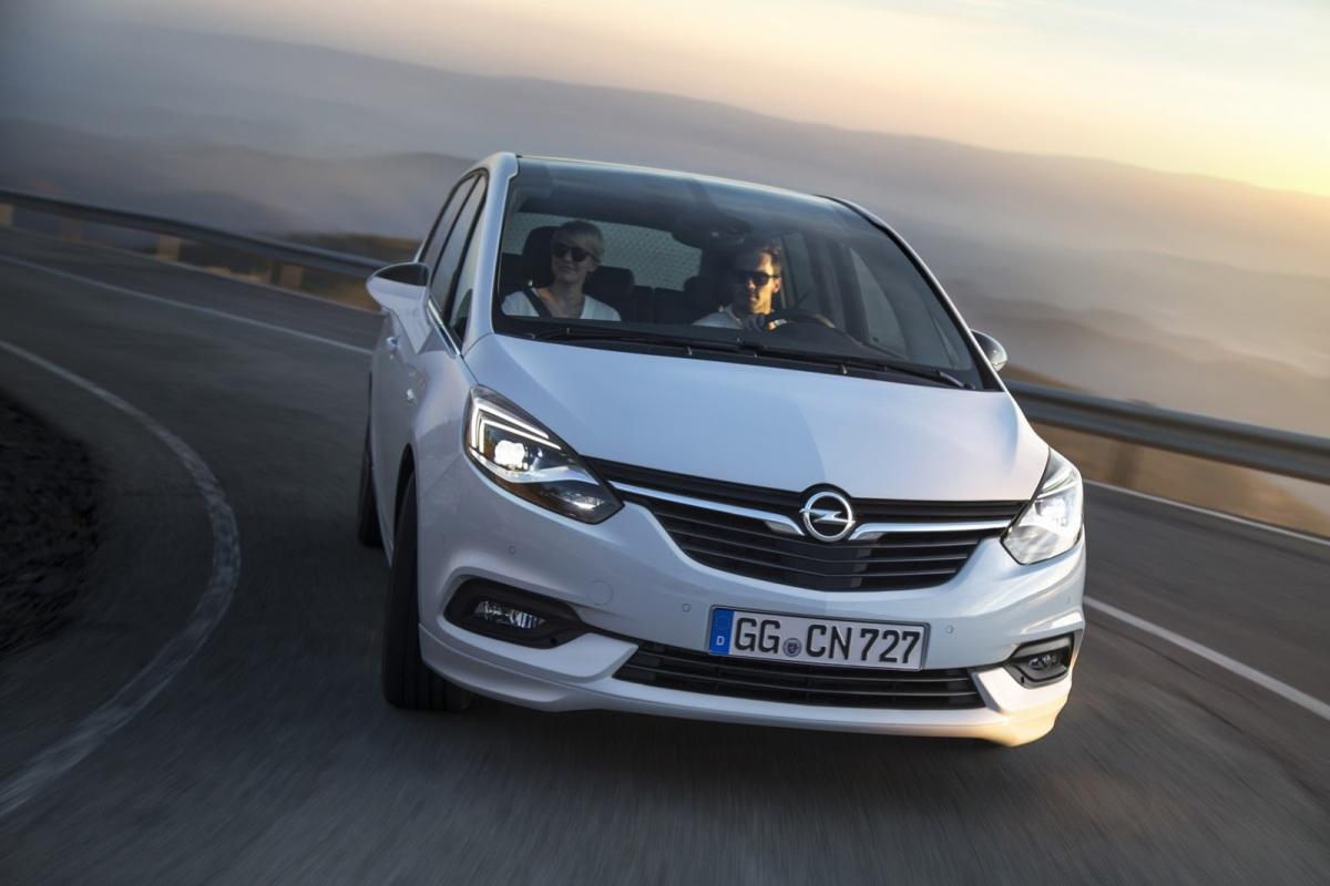 Fusión entre Fabricantes Automóviles: Peugeot-Citröen adquiere Opel