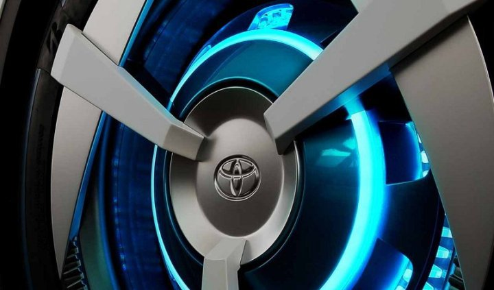 Toyota-inicia-proyecto-blockchain-vehículos-autónomos