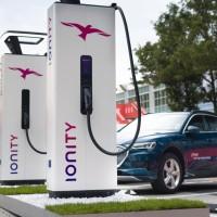 Primer corredor de carga ultrarrápida para coches eléctricos entre Madrid y Barcelona