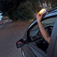 La luz de emergencia V-16 para el coche será obligatoria en 2024, pero ya es recomendable