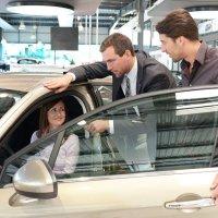 El 75% de los clientes que compraron  un automóvil 'online' gastaron 700 euros más de media que en los canales tradicionales