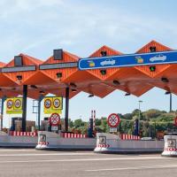 El nuevo peaje por el uso de autovías y autopistas define su posible formato y precio